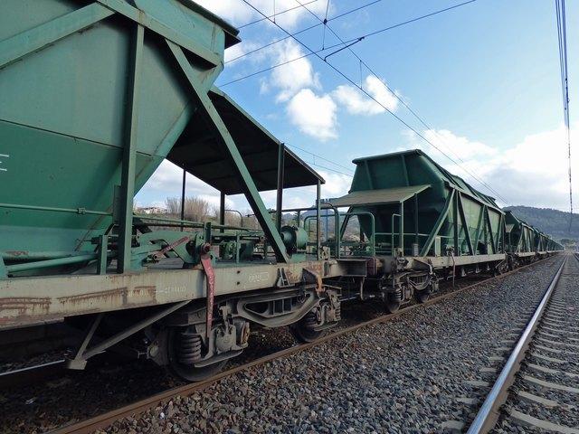 """Gütertransporte sollen nicht auf die linksrheinische Seite verlegt werden. Die """"Kleine Pfalzlösung"""" ist vom Tisch."""