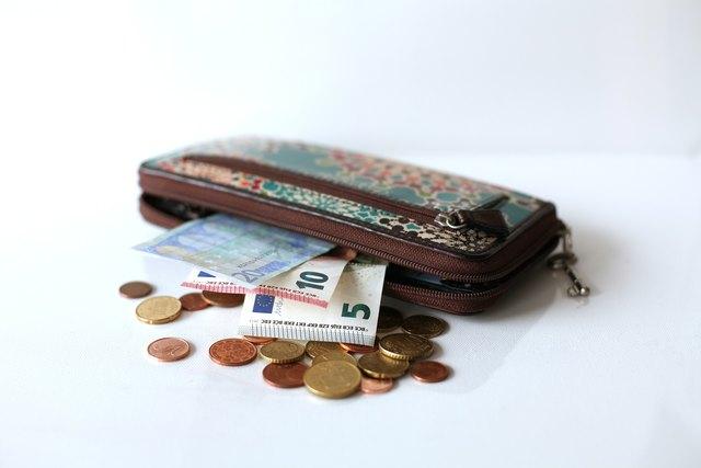 Am Mittwoch wurden Geldbörsen aus einer Umkleidekabine entwendet.