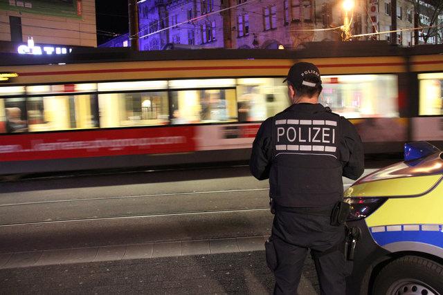 Für mehr Sicherheit: Kontrolle in der Karlsruher Nacht