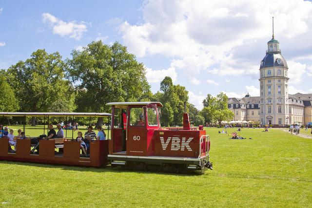 Schlossgartenbahn unterwegs
