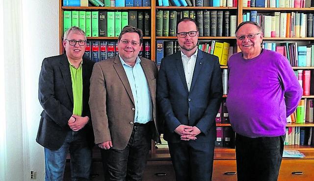Volker Schütze, Claudius Kranz, Alexander Fleck und Günter Schramm (von links).