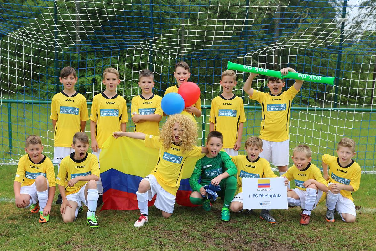 Wenn der Sponsor zum Verein passt: Der 1. FC Rheinpfalz trat für Kolumbien an, gesponsert von der Rheinpfalz