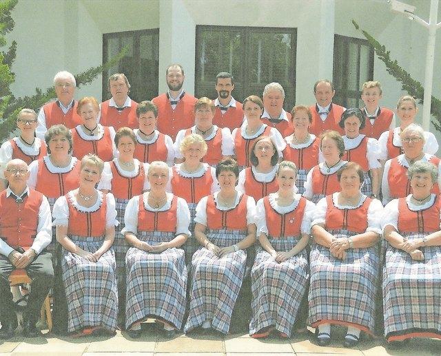 Der Donauschwäbische Siedlerchor aus Brasilien tritt in Kandel auf.