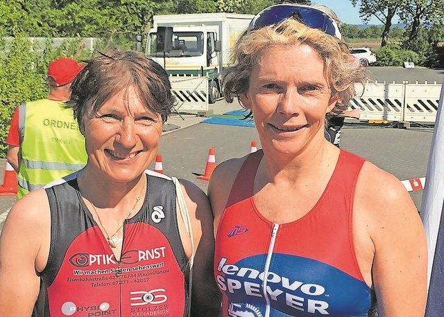 Erfolgreiche Triathletinnen, Gabriele Wieland und Susanne Grabau.