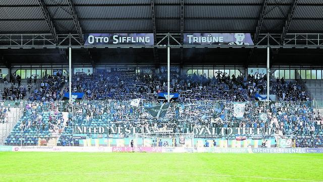 Sie werden wieder mal  wie ein Mann hinter ihrer Mannschaft stehen: Die lautstarken und großartigen Fans des SV Waldhof.