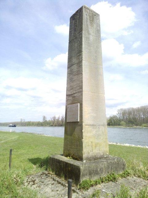 Führung am Rhein in Leimersheim: 200 Jahre - Iwwer de Rhei - Rülzheim