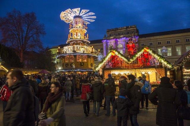 Karlsruhe Weihnachtsmarkt.Umfrage Im Wochenblatt Karlsruhe Was Möchten Die Besucher Ist