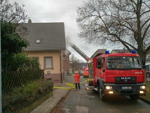 Karlsruhe Feuerwehreinsatz Heute