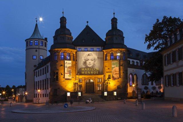 Fasching Im Historischen Museum Der Pfalz Stars Of Hollywood Speyer