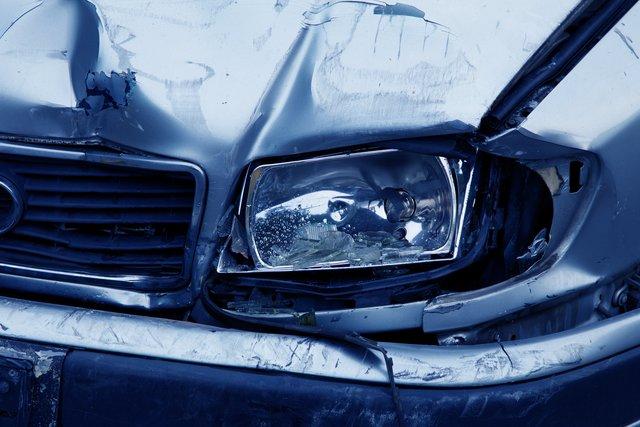Unfallzeugen In Ludwigshafen Gesucht Pkw Rammt Roller Ludwigshafen