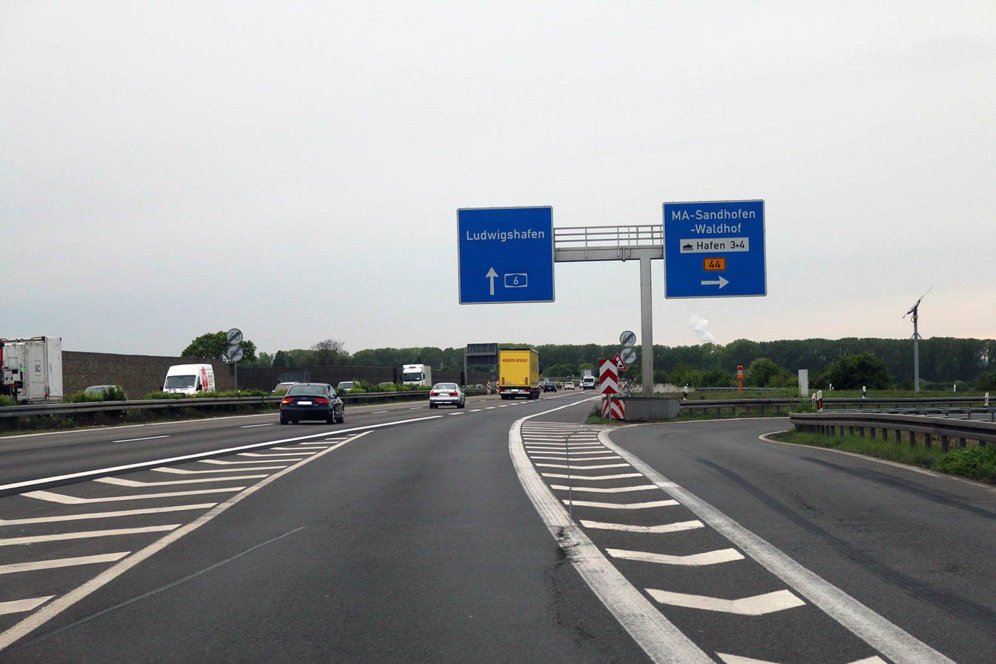 Rheinbrücke Karlsruhe Sperrung 2021 Termine