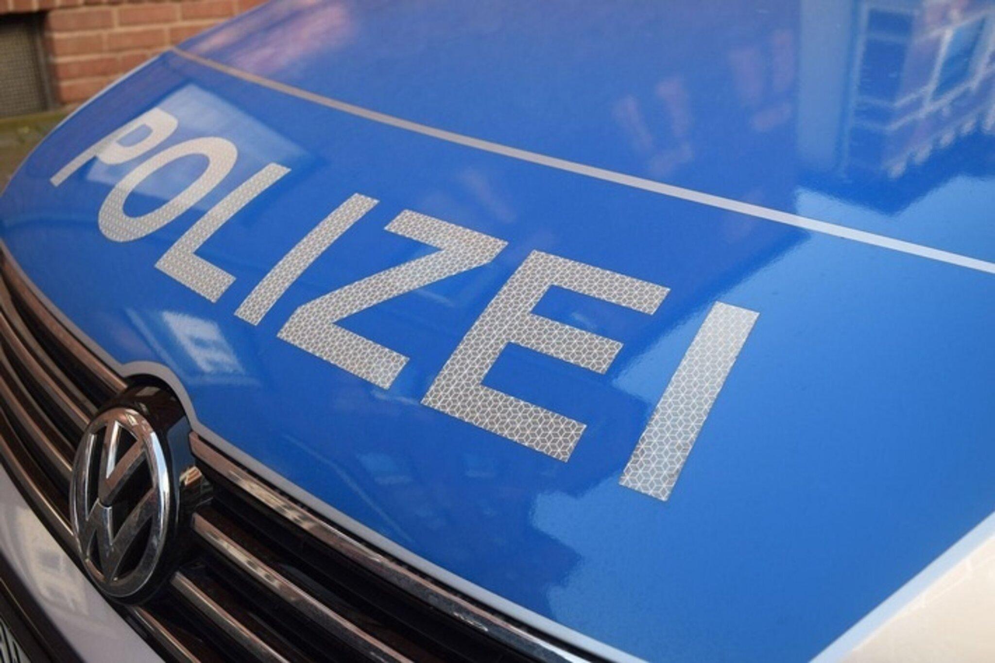 Polizei-sucht-Zeugen-nach-Unfallflucht
