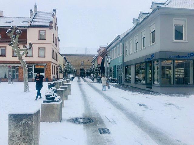 Guten Morgen Aus Der Verschneiten Ludwigstraße